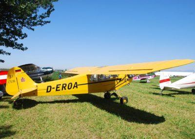 Piper J-3C Cub